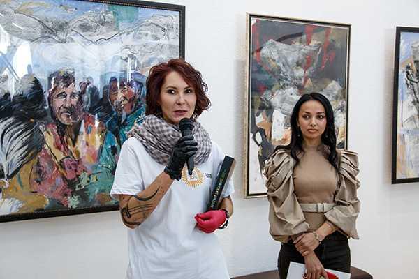 Изображение к статье Фестиваль «Область искусства» открылся экспозицией графики в Выставочном центре им. В.С. Рогаля На Иркутскинформ