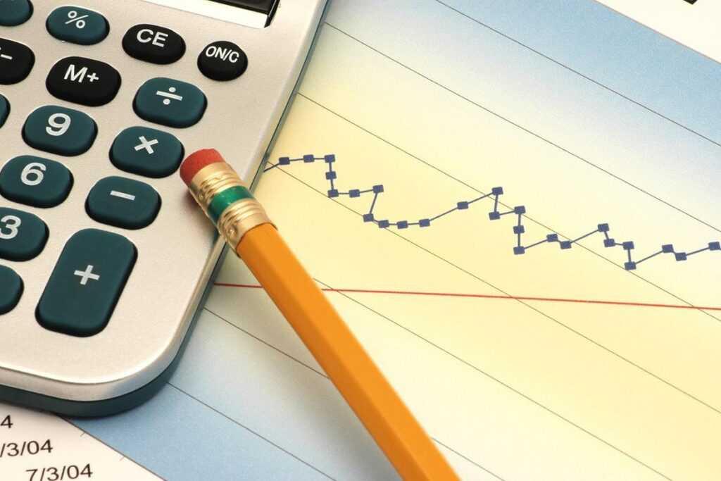 Корректировки в бюджет Иркутска рассмотрели на заседнии комиссии городской Думы