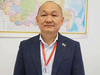 Георгий Ни депутат
