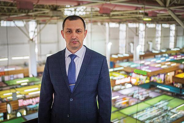 """директор МУП """"Центральный рынок"""""""