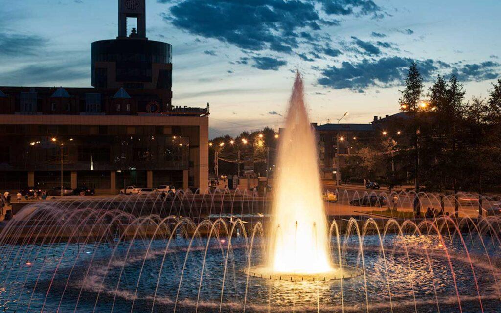 фонтан площадь декабристов